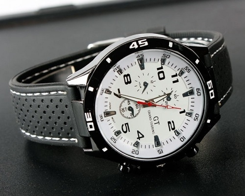 a5128448b Pánske hodinky F1 GT sú určené pre elegantných mužov, ktorí zároveň  preferujú športový a aktívny štýl. Štýlové pánske športové hodinky so  skvelým dizajnom ...