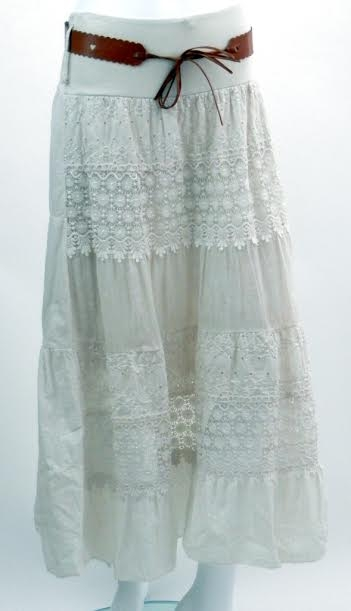 87592c00aae2 Dôležité. Letná vzdušná sukňa s krajkou a hnedým opaskom